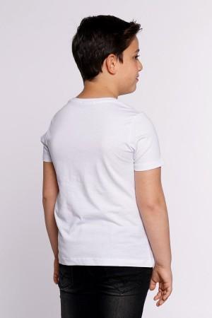Boys Tshirt Stripes Are Printed 9-12 Ages