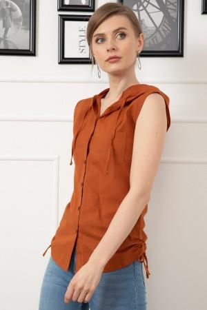 Sleeveless Hooded Shirt