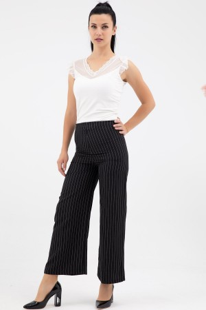 Striped Wide Cut Trousers
